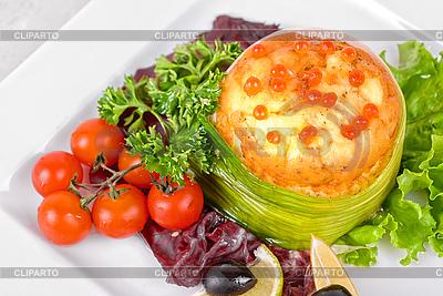 Łosoś z omlet i serem | Foto stockowe wysokiej rozdzielczości |ID 3028338
