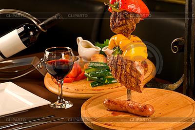 Servierter Tisch | Foto mit hoher Auflösung |ID 3028391