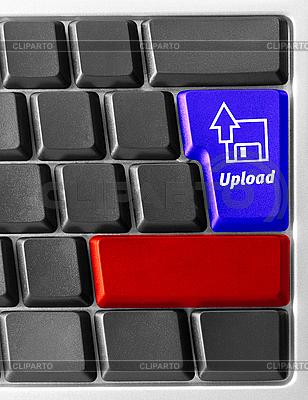 Computer-Tastatur mit Upload-Taste | Foto mit hoher Auflösung |ID 3029832