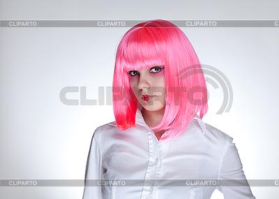 Attraktive Frau mit rosa Haaren   Foto mit hoher Auflösung  ID 3022197
