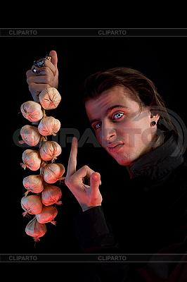 Vampir hat kein Angst zum Knoblauch  | Foto mit hoher Auflösung |ID 3022236