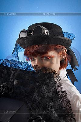 Девушка в викторианской одежде с зонтиком | Фото большого размера |ID 3023325