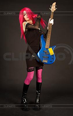Rock Mädchen spielt Bassgitarre | Foto mit hoher Auflösung |ID 3023354