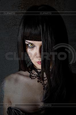 Young witch with yellow eyes | Foto stockowe wysokiej rozdzielczości |ID 3071146