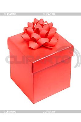 Red pudełko z kokardą samodzielnie na białym tle | Foto stockowe wysokiej rozdzielczości |ID 3019905