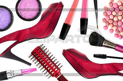 Kosmetik und rote Frauen-Schuhe | Foto mit hoher Auflösung |ID 3110558