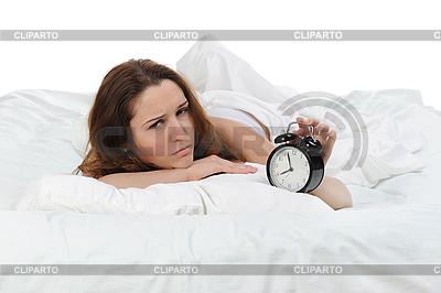 Schlafende Frau schaltet den Alarm aus | Foto mit hoher Auflösung |ID 3021690
