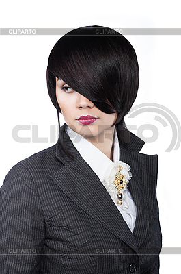 Młoda kobieta z fryzurą mody | Foto stockowe wysokiej rozdzielczości |ID 3023122