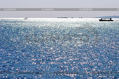 Blaues Meer und die Schiffe am Horizont | Foto mit hoher Auflösung |ID 3036788