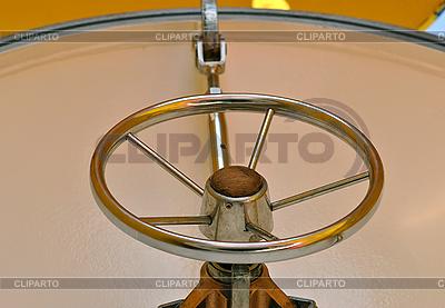Kierownica | Foto stockowe wysokiej rozdzielczości |ID 3038806