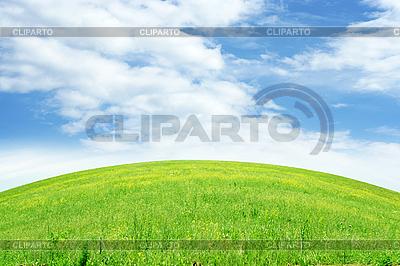 Landscpae lato z łąki i niebo | Foto stockowe wysokiej rozdzielczości |ID 3025870