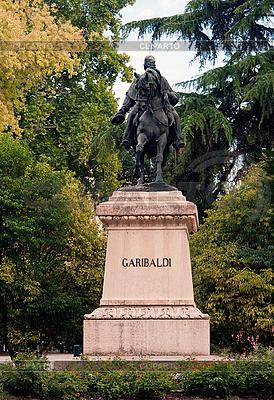 Памятник Джузеппе Гарибальди | Фото большого размера |ID 3039791