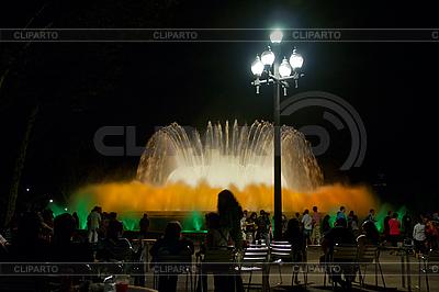 Berühmter Montjuic Brunnen in Barcelona in der Nacht | Foto mit hoher Auflösung |ID 3039883