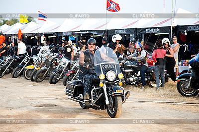 Bikers an der Bike-Show | Foto mit hoher Auflösung |ID 3056657