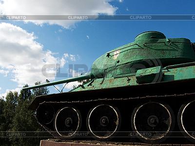 Panzer auf einem Podest | Foto mit hoher Auflösung |ID 3044553