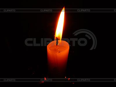 Wosk spalania z pięknym płomieniem | Foto stockowe wysokiej rozdzielczości |ID 3044567