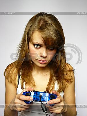 Mädchen spielt Videospiel | Foto mit hoher Auflösung |ID 3048966