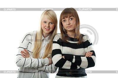 Portret dwóch pięknych dziewczyn w paski tkaniny | Foto stockowe wysokiej rozdzielczości |ID 3066344