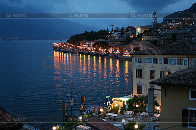 Italy. Lake Garda. Limone sul Garda town | Foto stockowe wysokiej rozdzielczości |ID 3110243