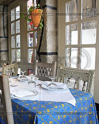 Tradycyjna restauracja | Foto stockowe wysokiej rozdzielczości |ID 3111925