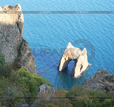 Ukraina. Krym. Famous Golden Gate rock w parku karadag | Foto stockowe wysokiej rozdzielczości |ID 3112325