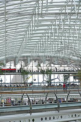 Multi-Level-Einkaufszentrum | Foto mit hoher Auflösung |ID 3115677