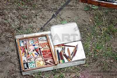 Narzędzia malarskie | Foto stockowe wysokiej rozdzielczości |ID 3154491