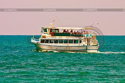 Spaziergang auf Schiff | Foto mit hoher Auflösung |ID 3067066