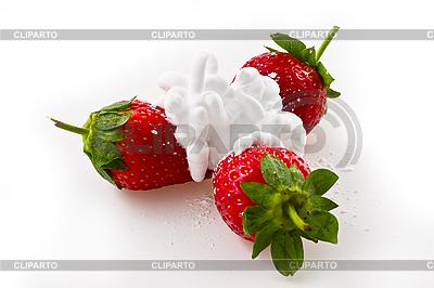 Reife Erdbeere mit Sahne | Foto mit hoher Auflösung |ID 3067835