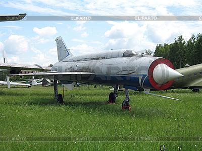 Stary wojskowy samolot | Foto stockowe wysokiej rozdzielczości |ID 3068587