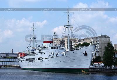 Schiff | Foto mit hoher Auflösung |ID 3110196