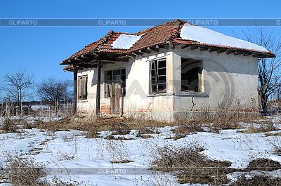 Простое Украино-Российское село в Болгарии 3128664-abandoned-house-in-bulgaria