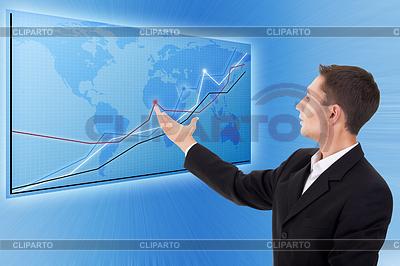 Geschäftsmann und blaue Weltkarte mit Diagrammen | Foto mit hoher Auflösung |ID 3279868