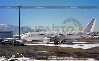 Airbus am internationalen Flughafen von Sofia, Bulgarien | Foto mit hoher Auflösung |ID 3098169