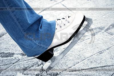 Schlittschuh auf dem Eis | Foto mit hoher Auflösung |ID 3109302