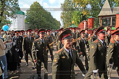 Orkiestra wojskowa na ulicy w Jarosławiu | Foto stockowe wysokiej rozdzielczości |ID 3246208