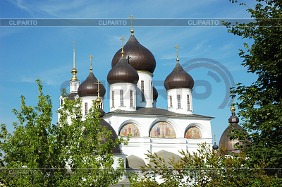 http://img.cliparto.com/pic/xl/189517/3229886-uspensky-cathedral-cupola-in-dmitrov-town-russia.jpg