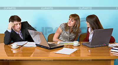 Geschäftsmann eingeschlafen sitzt an Treffen | Foto mit hoher Auflösung |ID 3160973