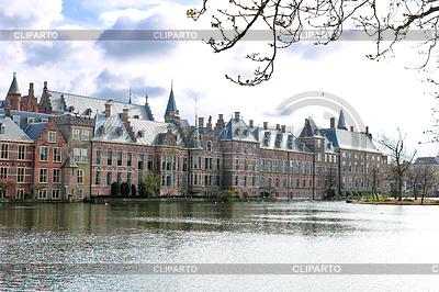 Binnenhof Pałac w Den Haag, Holandia | Foto stockowe wysokiej rozdzielczości |ID 3270923