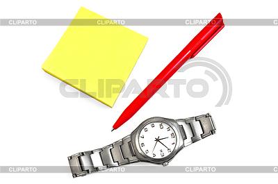 Rejestry papierowe, czerwony długopis i zegar | Foto stockowe wysokiej rozdzielczości |ID 3234671