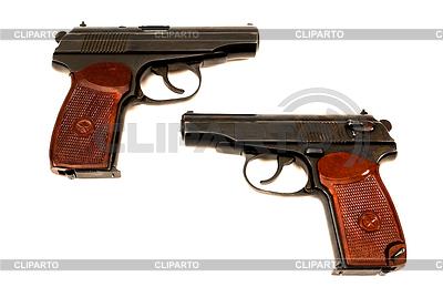 두 러시아어 9mm 권총 | 높은 해상도 사진 |ID 3273267