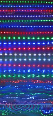 Abstrakcyjne światła disco odbicie w wodzie, dyskoteka | Stockowa ilustracja wysokiej rozdzielczości |ID 3327899