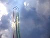 ID 3369338 | Aermacchi MB-339 показывают фугуру в виде стрелки | Фото большого размера | CLIPARTO
