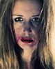 年轻的抑郁症女人的情感肖像 | 免版税照片