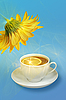 Lemon-tea and yellow flower | Stock Foto