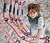 ID 3019348 | Chłopiec wspina się po drabinie. | Foto stockowe wysokiej rozdzielczości | KLIPARTO