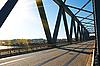 Фото 300 DPI: мост через реку