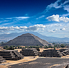 Photo 300 DPI: Teotihuacan Pyramids