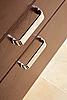 Фото 300 DPI: ящики с металлической ручкой
