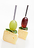 Photo 300 DPI: Cheese canape with grape and mint